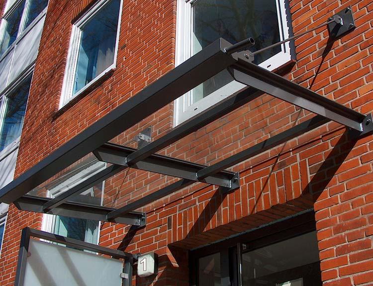 johannsen-metallbau-glas-stahl-vordach